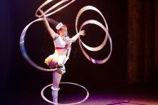 Sailer girl hula hoops